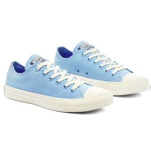 NWT Converse Chuck Taylor All-Star Low Baby Blue